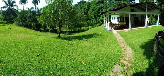Ein neues Haus und ein neues Grundstück steht für Feriengäste zur Verfügung.  Mailto: guanito@gmx.net