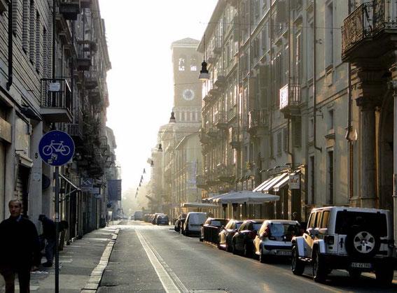 Typische Straße in Turin