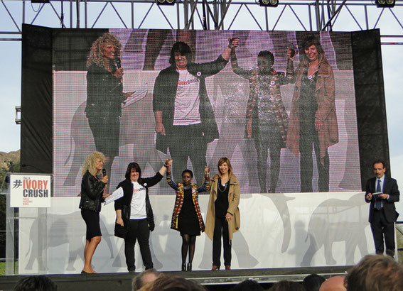 Organisatoren auf der Bühne