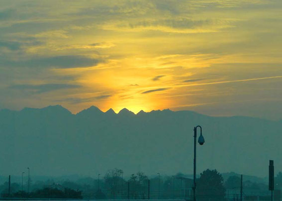 A beautiful sunset greeted me good-bye at the airport in Torino.
