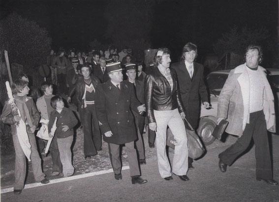 Josip KATALINSKY à la sortie du stade