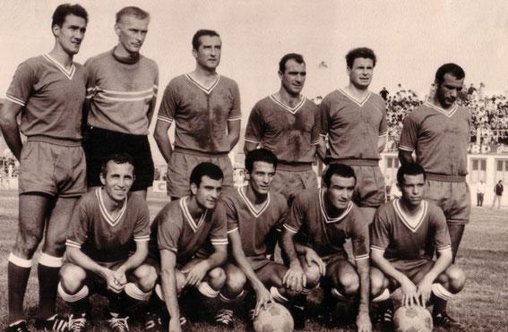 Jean-Louis LAGADEC faisait partie de l'équipe qui a disputé la 1 ère rencontre professionnelle de l'histoire du Sporting face à l'OM