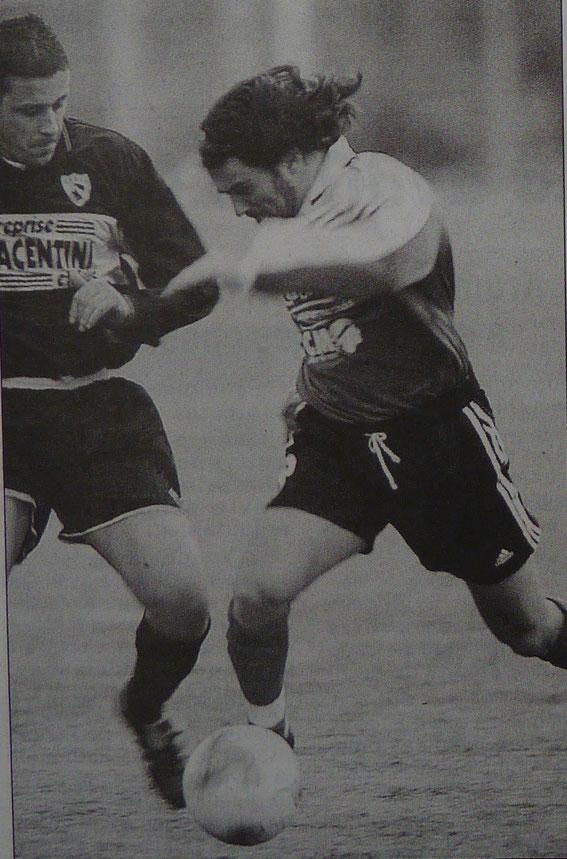 Campana (USC) à la lutte avec Nono Olivieri (CABGL)