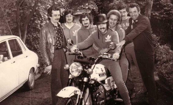 De g à dr: Jules FILIPPI, Jean-Pierre GIORDANI, Serge LENOIR, Jacky VERGNES, Paul Ferdinand HEIDKAMP, José GRAZIANI et Pierre CAHUZAC