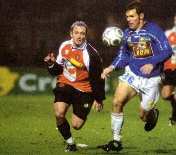 Greg Vanney s'opposant  au Lorientais Pascal Bedrossian.