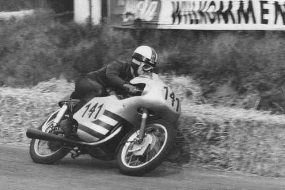 1959 Scheidhauer, Willi - BRD - 09 - Ducati 125 - St. Wendel - Quelle mcw.jpg