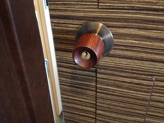 ホテルの鍵(逆玉)