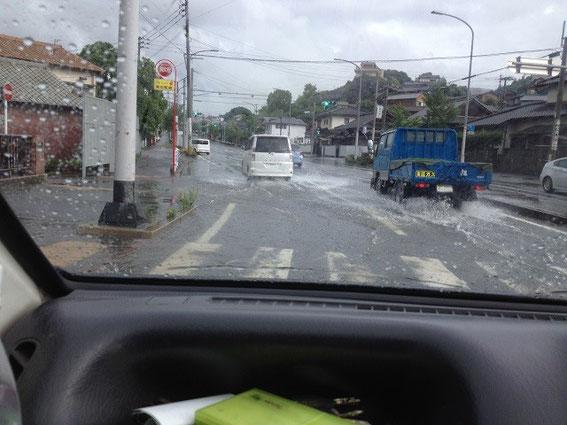 土砂降りの福岡