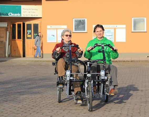 """Dreirad-Zentrum Frankfurt unterstützt das Projekt """"Reisen für alle"""""""
