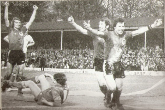 L-R: Tony Parkes, Howard Kendall and Andy Crawford for Rovers.