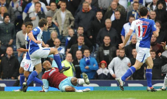 Sunday, 18th October 2009. Premier League, Rovers 3 - 2 Burnley.  Attendance: 26,689.