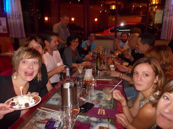 Plus d'une trentaine au Restoclub ! On en a profité pour faire souffler ses bougies à Laura !!!