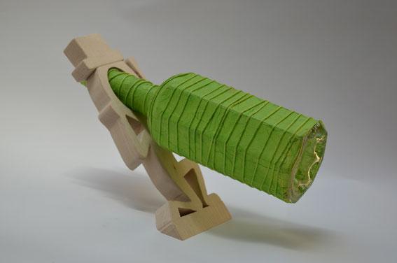 Flaschenhalter aus Holz mit Flasche - Holzwerkstatt