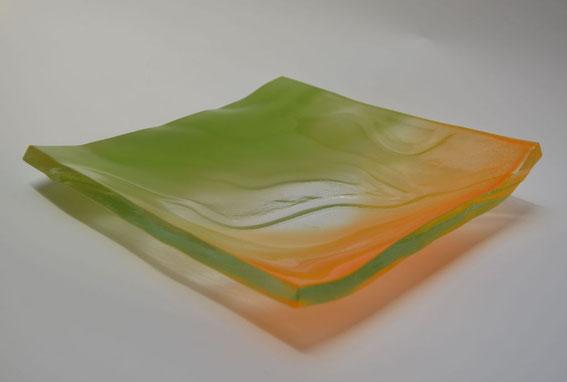 Glasschale, Oberfläche vor dem Brand besprüht - Keramikwerkstatt