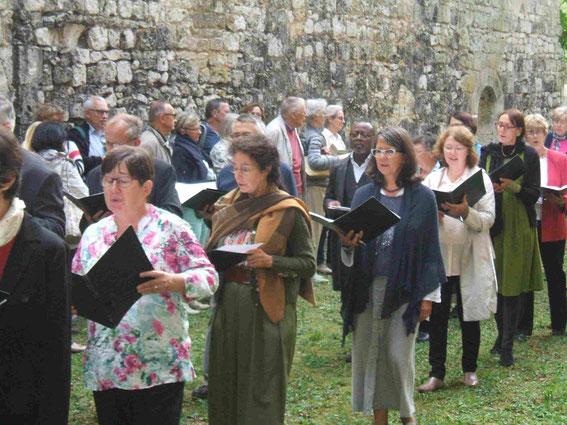 """Hymne processionnelle """"Vexila Regis"""" (Venance Fortunat)"""