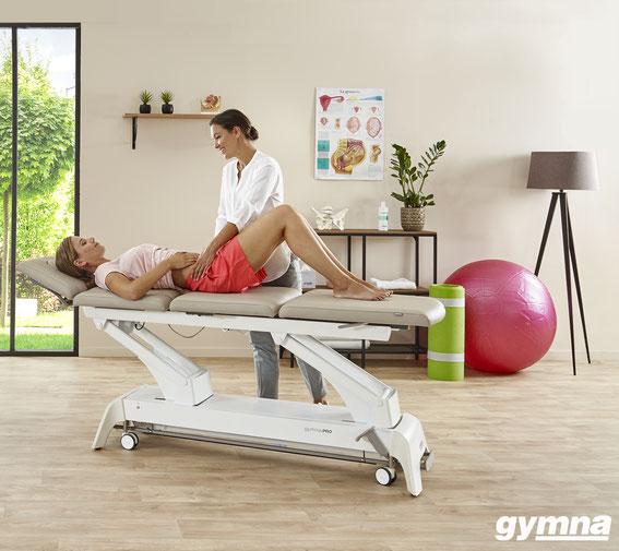 Praxis-Einrichtung mit Therapieliege von Brandtner-Revit