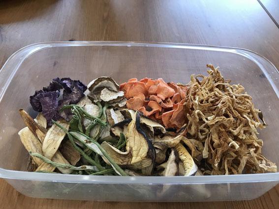 豚汁用の乾物。実はほとんどが成田さんが任されている農園で作られた野菜たちの自家製乾物