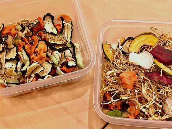 自家製の野菜の乾物を組み合わせて保存。味噌汁やスープ、カレーの具になど包丁いらずでクッキング