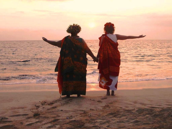 Zeremonie mit Taufe an der Beach auf Maui