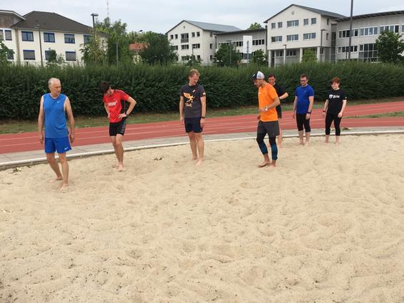 Fußgelenk Arbeit im weichem Sand