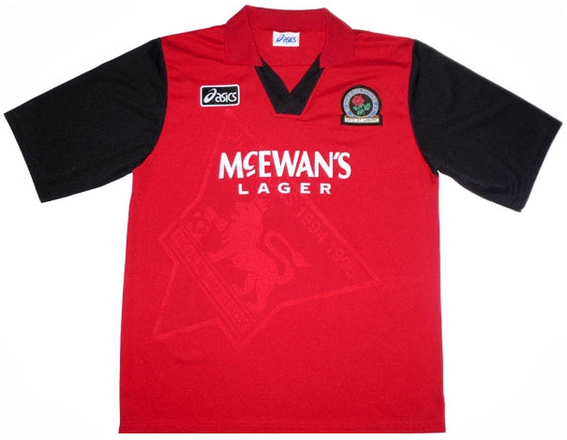 Worn when Rovers were reigning Premier League Champions and in the infamous bust-up between Le Saux and Batty away in the Champions League.