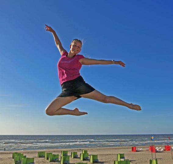 Annelie in Noordwijk, Holland, Juli 2013.
