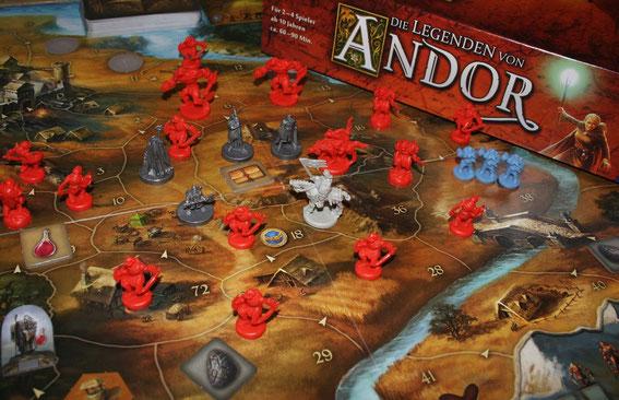 Andor mit Figuren aus dem Ringkrieg