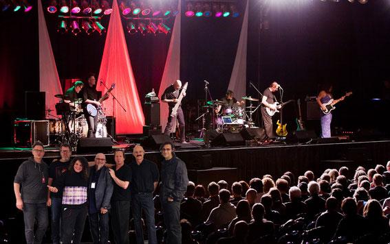 Miałem przyjemność spotkać się z muzykami przed koncertem oraz wspólną fotkę!-niniejsza to oczywiście fotomontaż