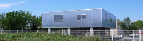 2014 - Bureaux à Salon de Provence (13)  - Tranche 1 - MO: Société Gest On Line - Surface: 310m² SDP + aménagements extérieurs - Budget: 395 K€ HT