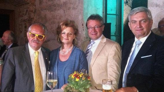 Karl & Regina Mayerhofer, Bgm. Ing. Martin Falk, LAbg. Bgm. Mag. Alfred Riedl