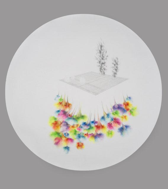 Sans Titre, 150 cm de diamètre, mine de plomb et crayon de couleur, 2012