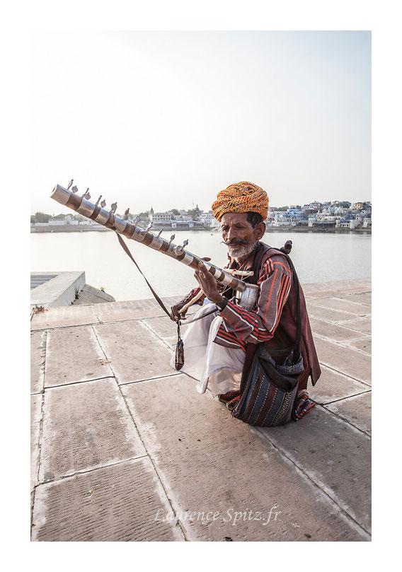 • Le joueur de Cithar • Pushkar