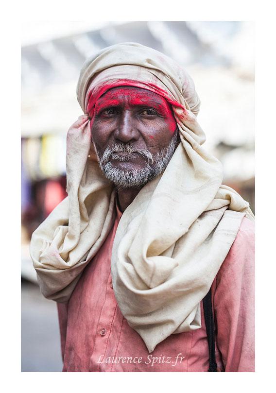 •Color people • Pushkar