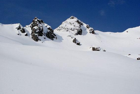 Der Gipfel vom Zweisee aus gesehen