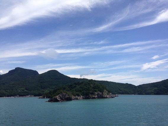 フェリーから見た小豆島