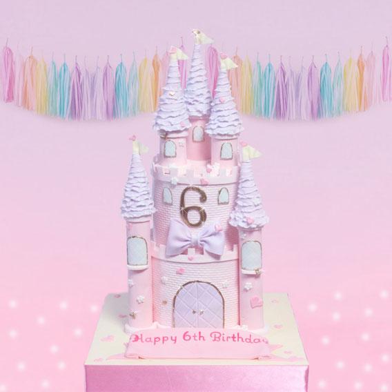 可愛いお城ケーキ🎀 #ゆめかわいい #お城ケーキ #かわいい #パステル #お誕生日ケーキ #6歳 #メルヘン #乙女 #ピンク #スイーツ #ファンタジー #ケーキ #エムケーキ #castlecake #yumekawaii #kawaiisweets #cake #japanbased #🇯🇵