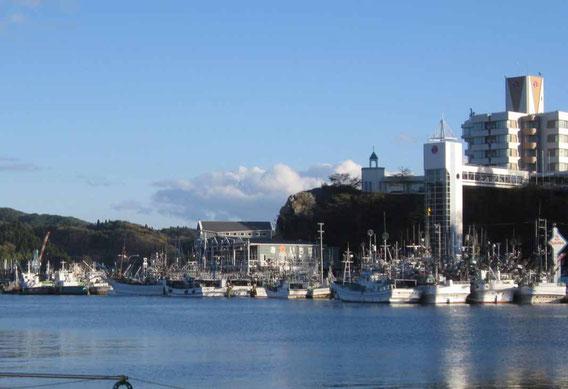 2012_11_20 風の冷たい季節となりました。今日の気仙沼湾です
