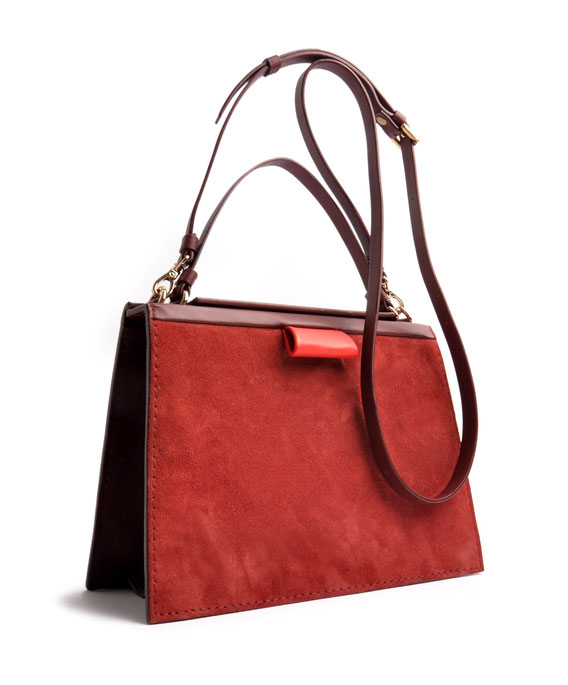 OSTWALD Bags . Finest Couture . Handcrafted Leatherbag . Tote . Turtle Edge Tote . colour red