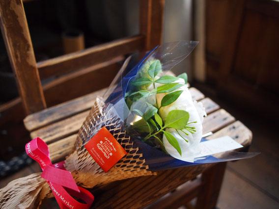 アンコールの前に花束を頂きました。ありがとう〜! 写真提供 藤井様