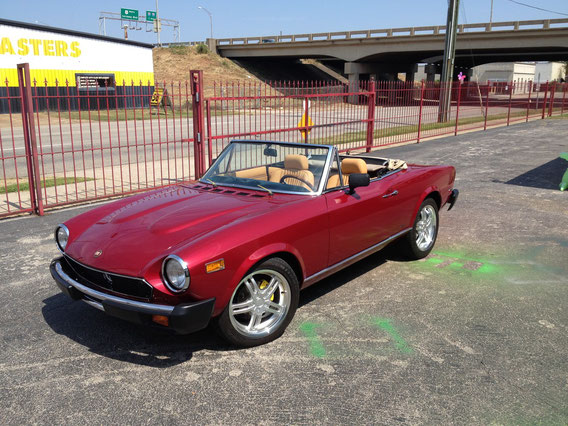 1971 FIAT 124 SPYDER--- THIS IS  A 100 POINT RESTORATION--- THIS IS PERFECTION ! ! !