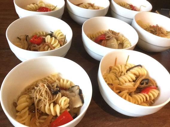 乾物類とパスタを鍋に一緒に入れて。一つの鍋で作れるパスタをご紹介
