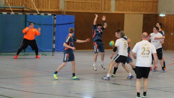 DSC 99 Handball