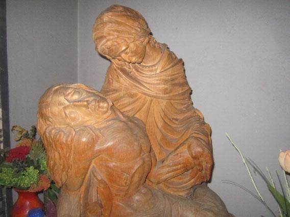 Pieta - Holzskulptur (1954)  von Geraldo (Gerhard Otto) Roderfeld OSM (+ 1988 in Brasilien)