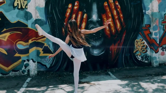 ריקודי באלט משולבים היפ הופ בצילומי בוק בת מצווה וקליפ בתל אביב