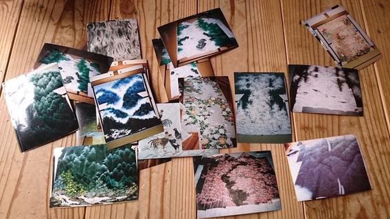 水地さんの作品の数々。絵のように見えるけど、すべて染め物