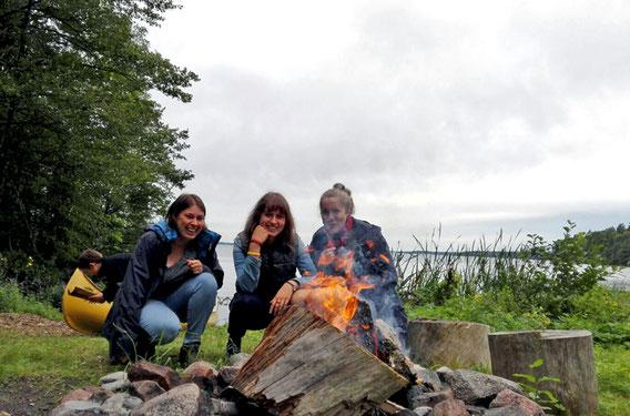 Ricarda mit Magdalena und Raphaela in Marieudd.