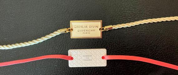 GIVENCHY - 2 CERAMIQUES : DAHLIA DIVIN & LIVE IRRESITIBLE SUR RUBANS