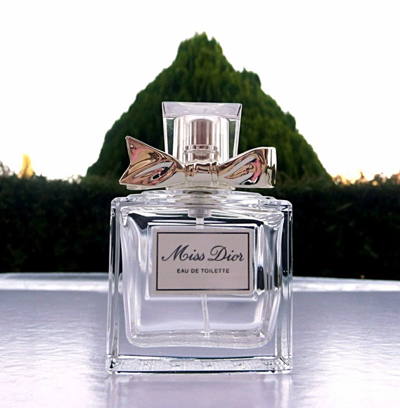 MISS DIOR - VAPORISATEUR EAU DE TOILETTE 50 ML : FLACON IDENTIQUE A LA PHOTO PRECEDENTE