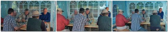 Im Juli 2009 machte auch der Schachklub Bobingen beim Heimwerker-und Bauernmarkt in einem Zelt vor dem Schlößle  mit, um neue Mitglieder zu werben.