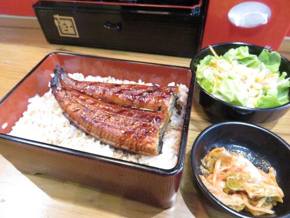 日本とほぼ価格の変わらないうなぎが食べられる
